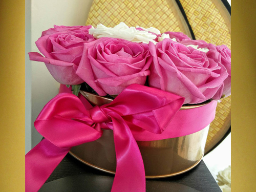 PINK AND WHITE ROSES IN GOLD BOX